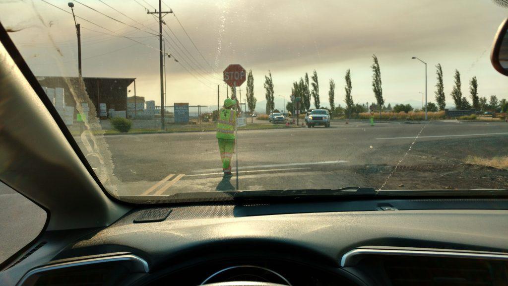 ハイウェイに出る交差点