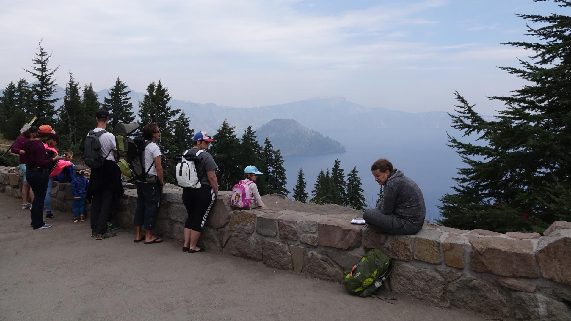ハイキング客が多い