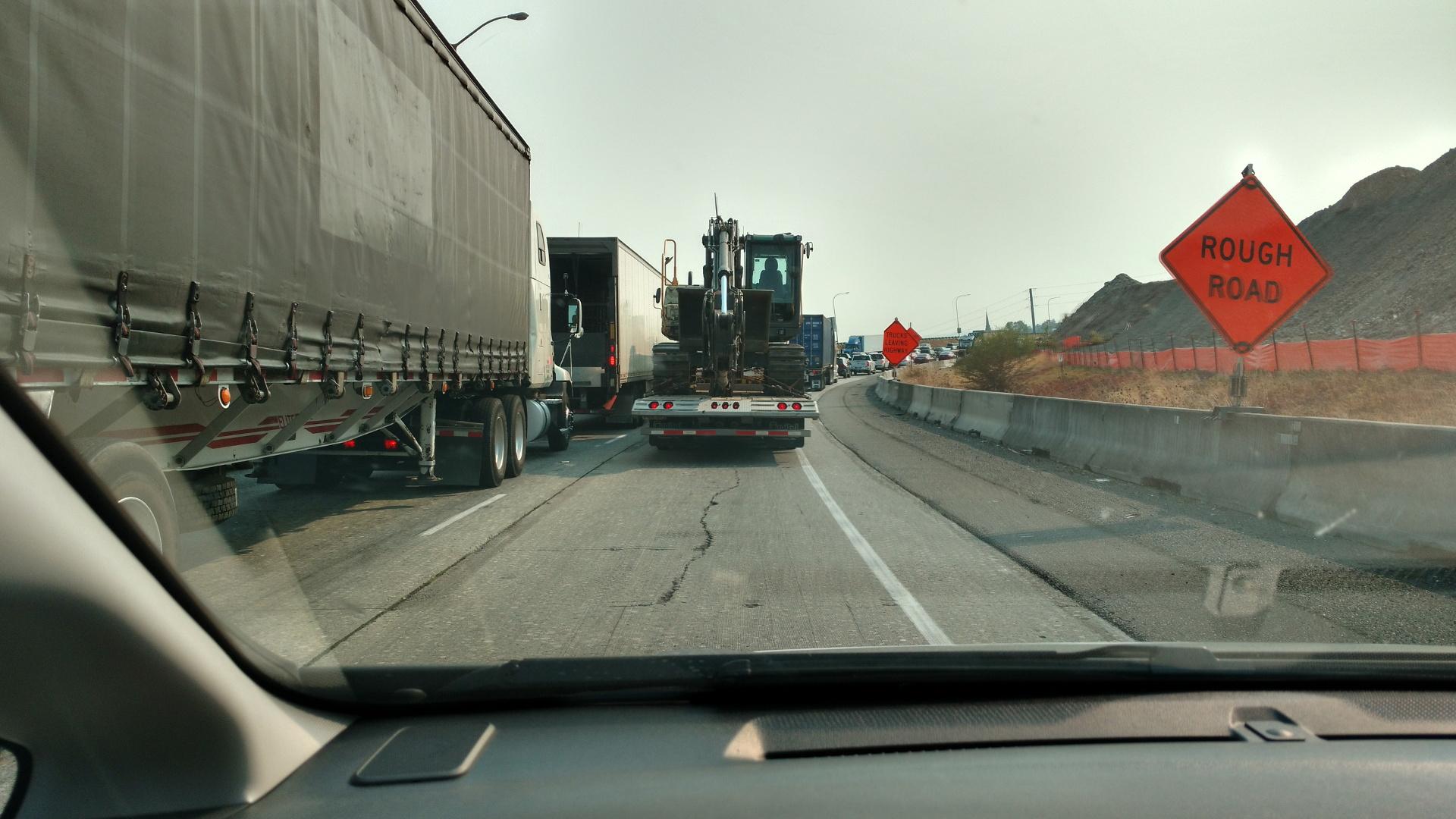 工事の渋滞かと思ったら事故でした