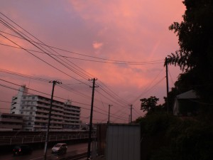 はるか上空に虹が出現♪