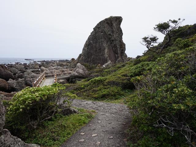 室戸岬散策:烏帽子岩