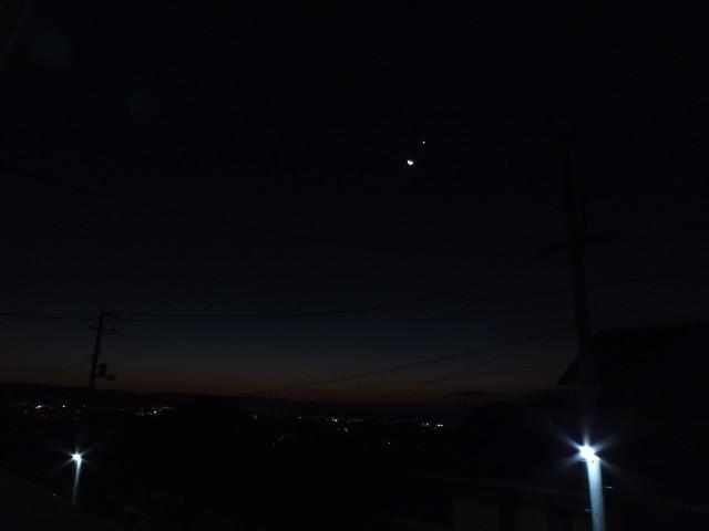 月と金星201512080607JST